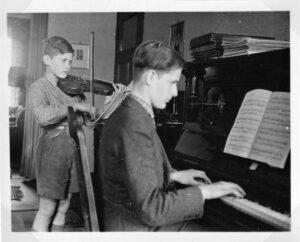 Hausmusik 1942
