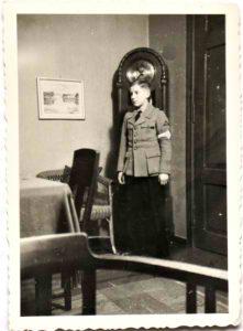 im Alter von 15 Jahren Kriegseinsatz im Kampf um Berlin