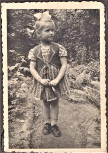 Margot Sharma - Kindheit in Pommern 1940